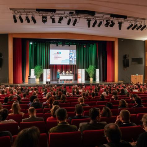 Bühne und Publikum